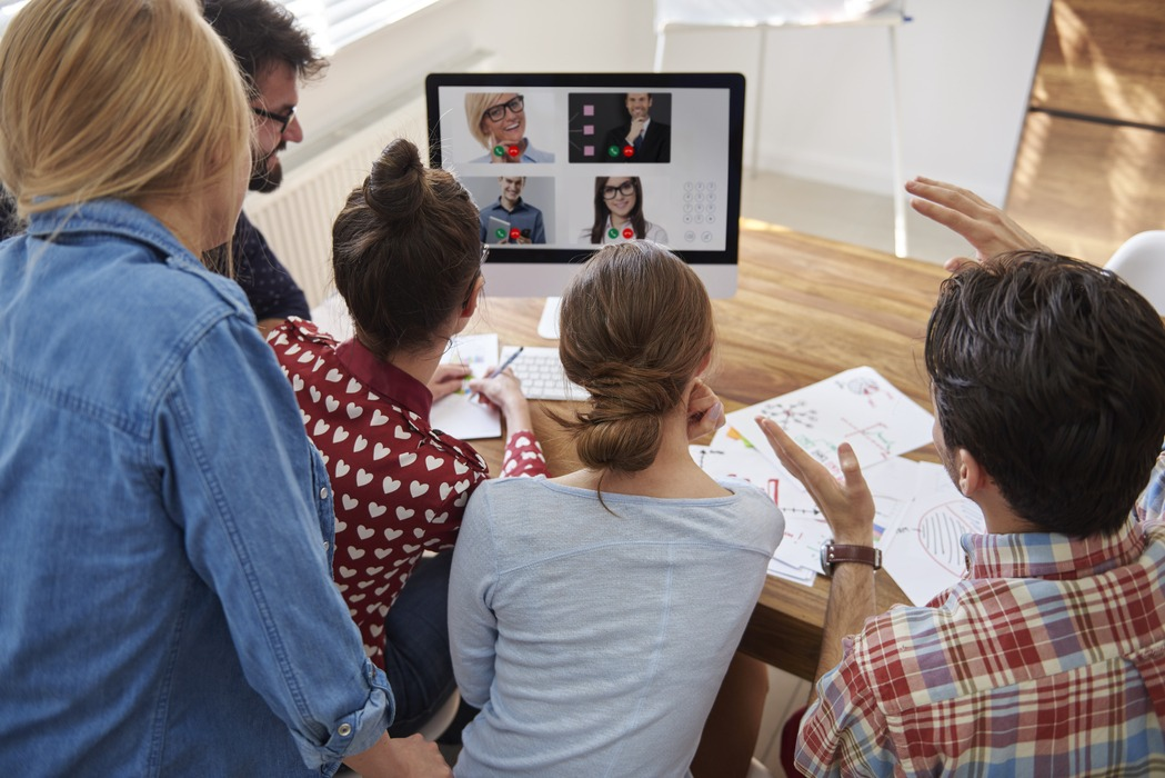 Modello ibrido organizzativo: Lavorare da casa VS Ritorno in ufficio